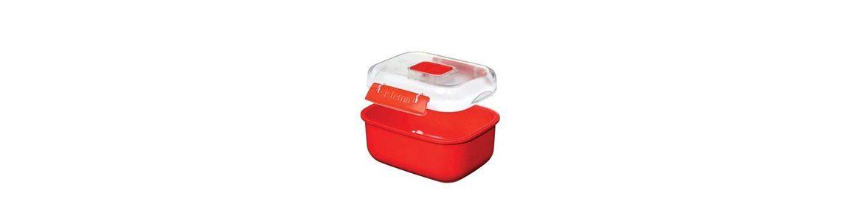 Plastic lunch boxe